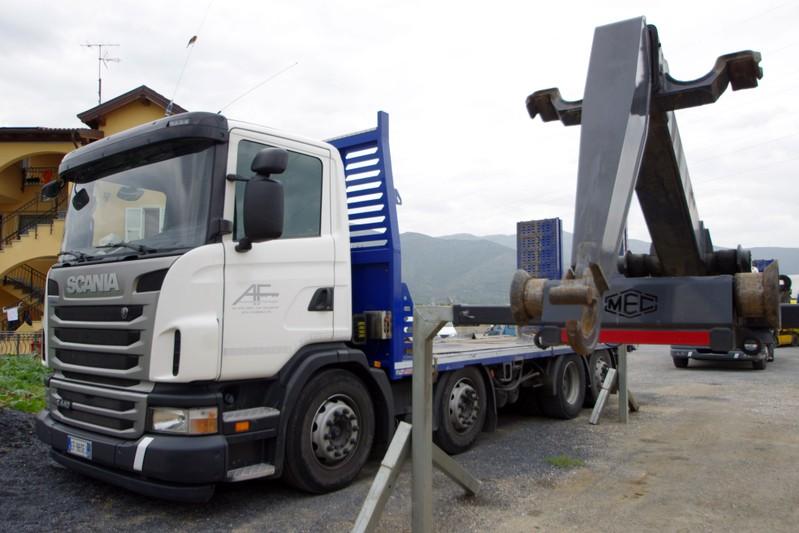 Dimensioni cassone camion 4 assi dispositivo arresto - Portata massima camion italia ...